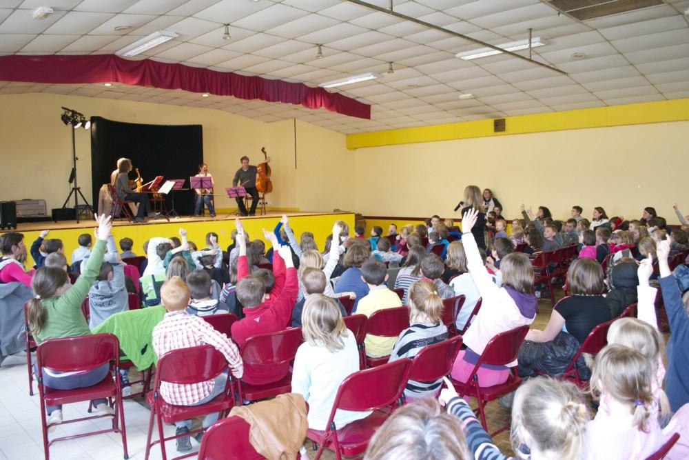 salle du concert de l'après-midi avec les enfants